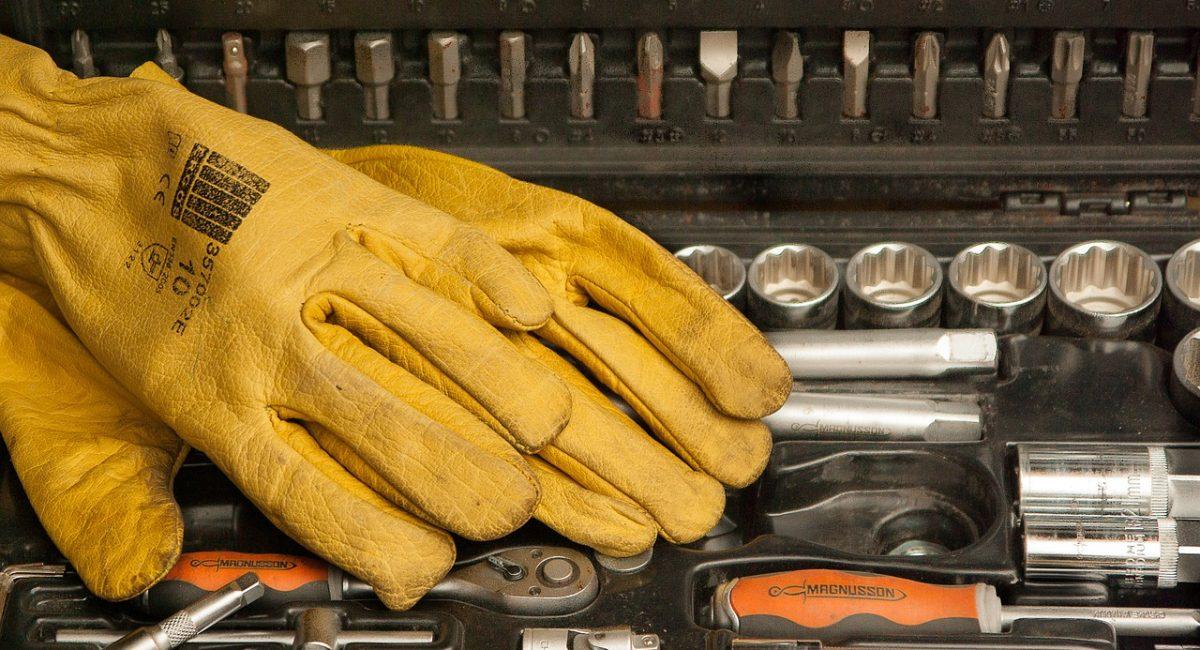 gloves-1192164_1280